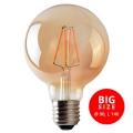 LED Žárovka CLASIC AMBER G95 E27/8W/230V 2200K - Brilagi