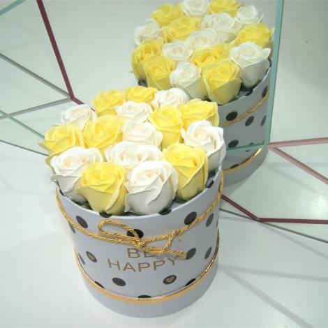 Růže z pěnového mýdla BE HAPPY - velikost L (16 kusů)