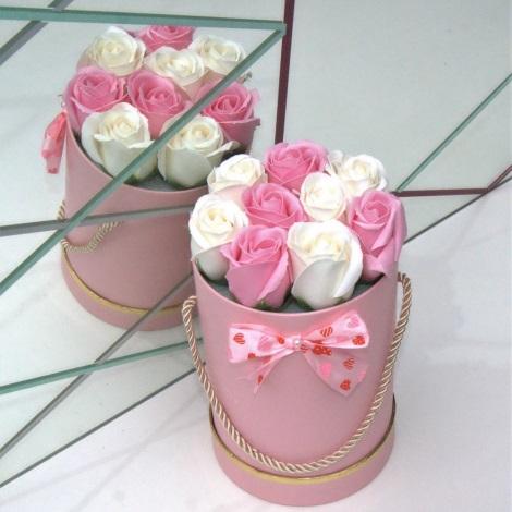Růže z pěnového mýdla PINK - velikost S (9 kusů)