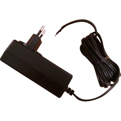 Trafo k LED pásku 5m - zapojení do zásuvky